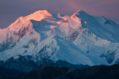 scenic-mountains-denali-national-park-alaska