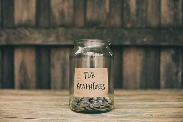 Hoe spaar je geld voor je volgende reis?