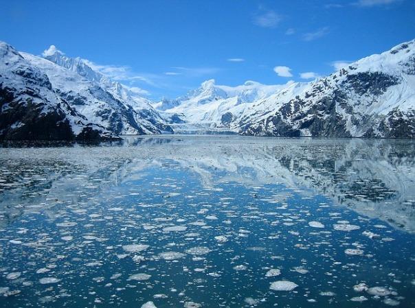 glacier-bay-80644_640.jpg